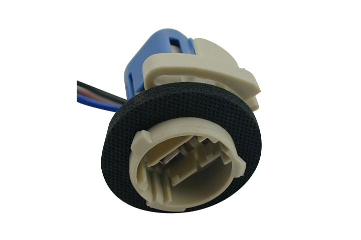 3-Wire GM Double Contact Back-Up, Park, Stop, Tail & Turn Light Socket.